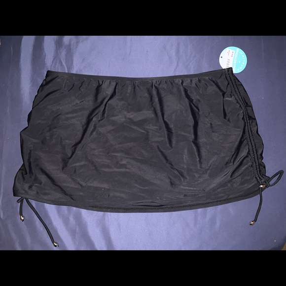 Catalina Other - Bathing suit skirt NWT